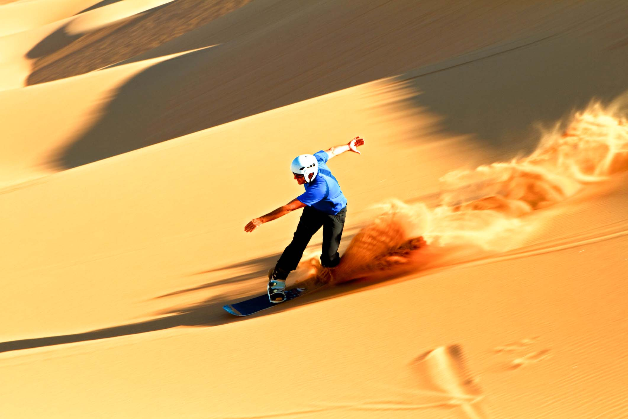 Surfing the Dubai sands