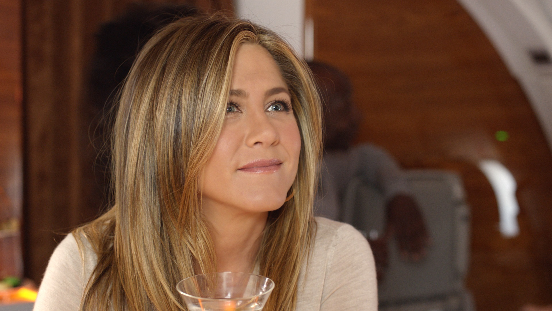 Emirates airlines fly out new ad with Jennifer Aniston